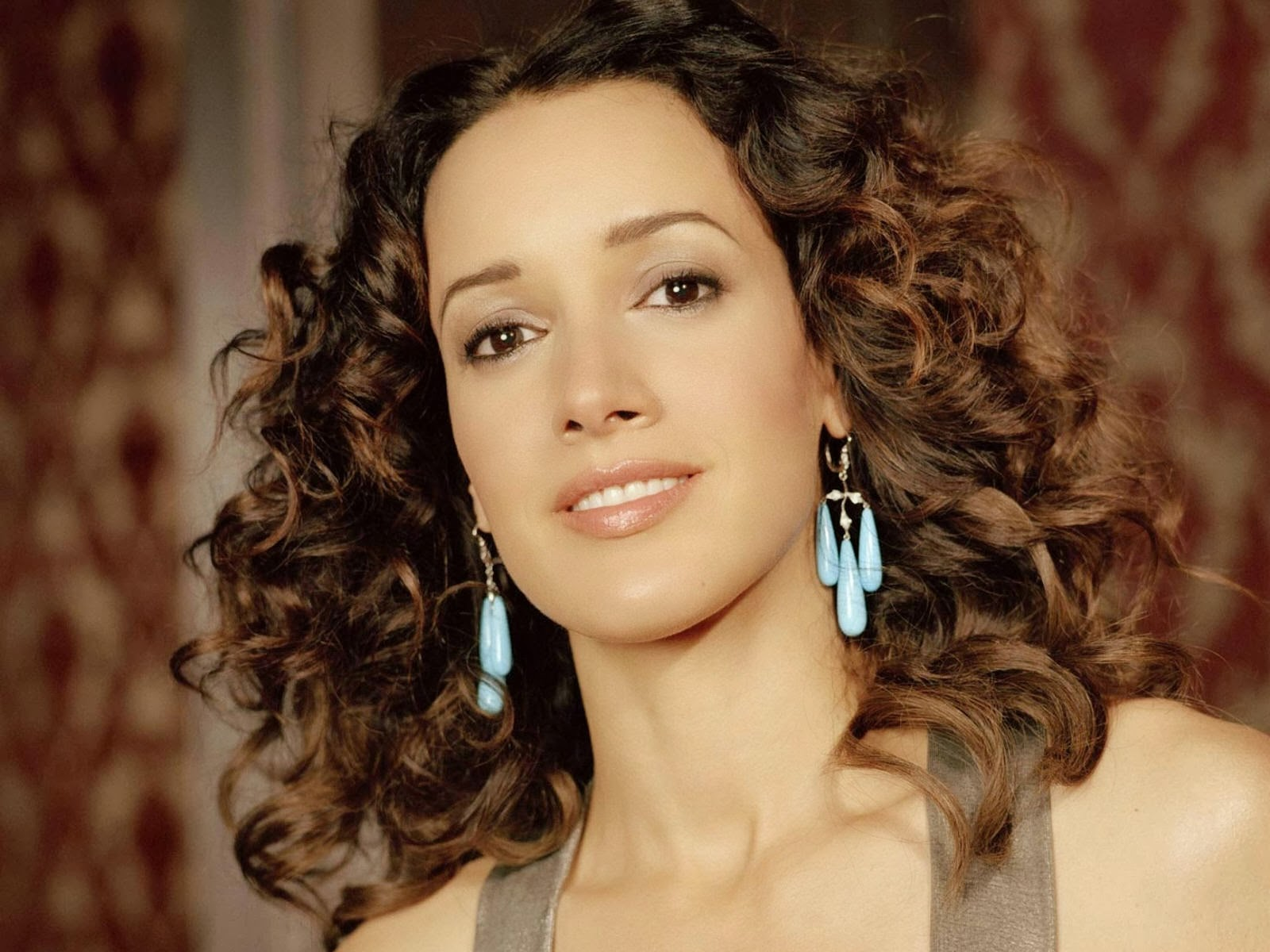 Jennifer Beals HD