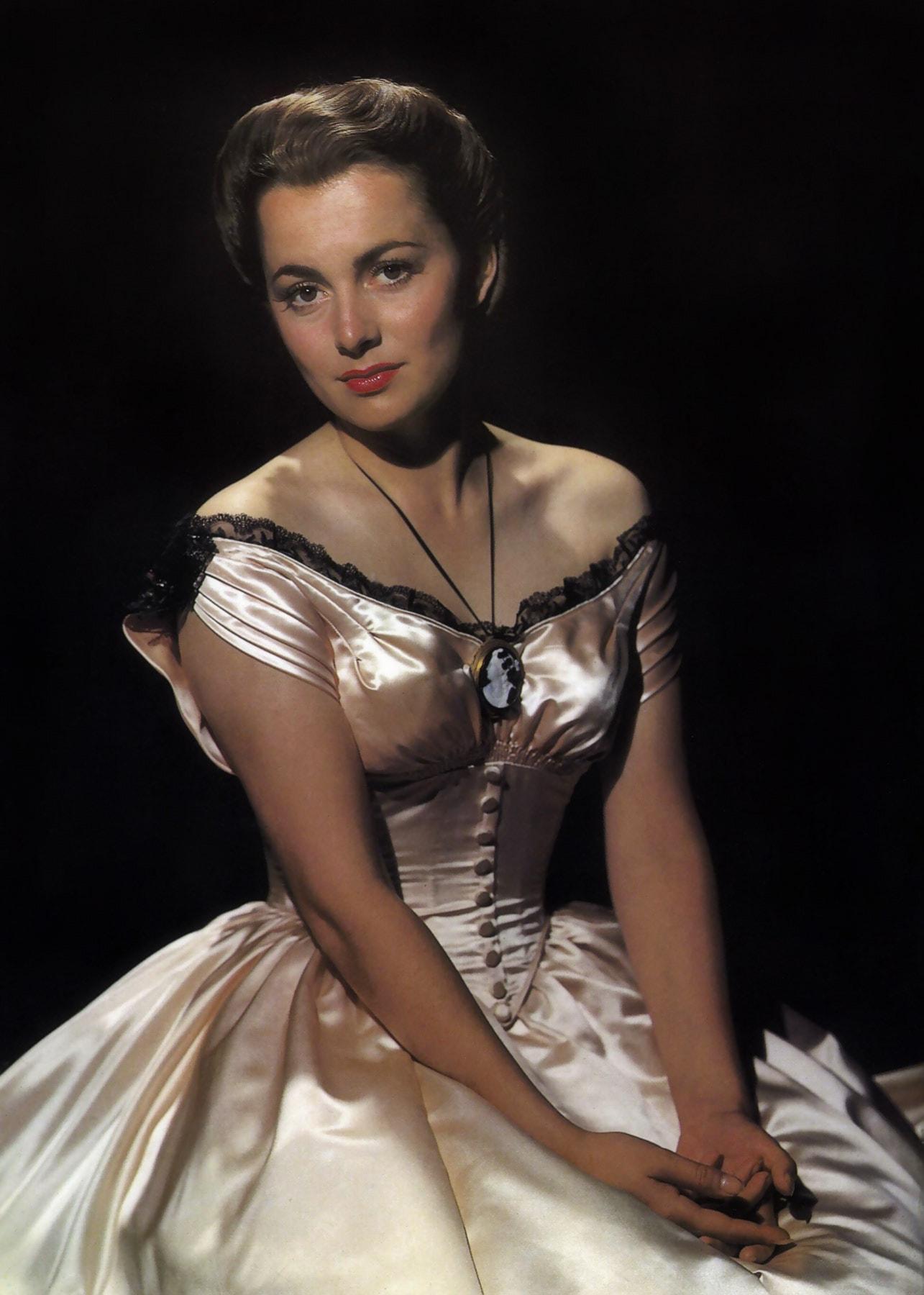 Joan Fontaine HD