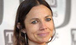 Justine Bateman Widescreen