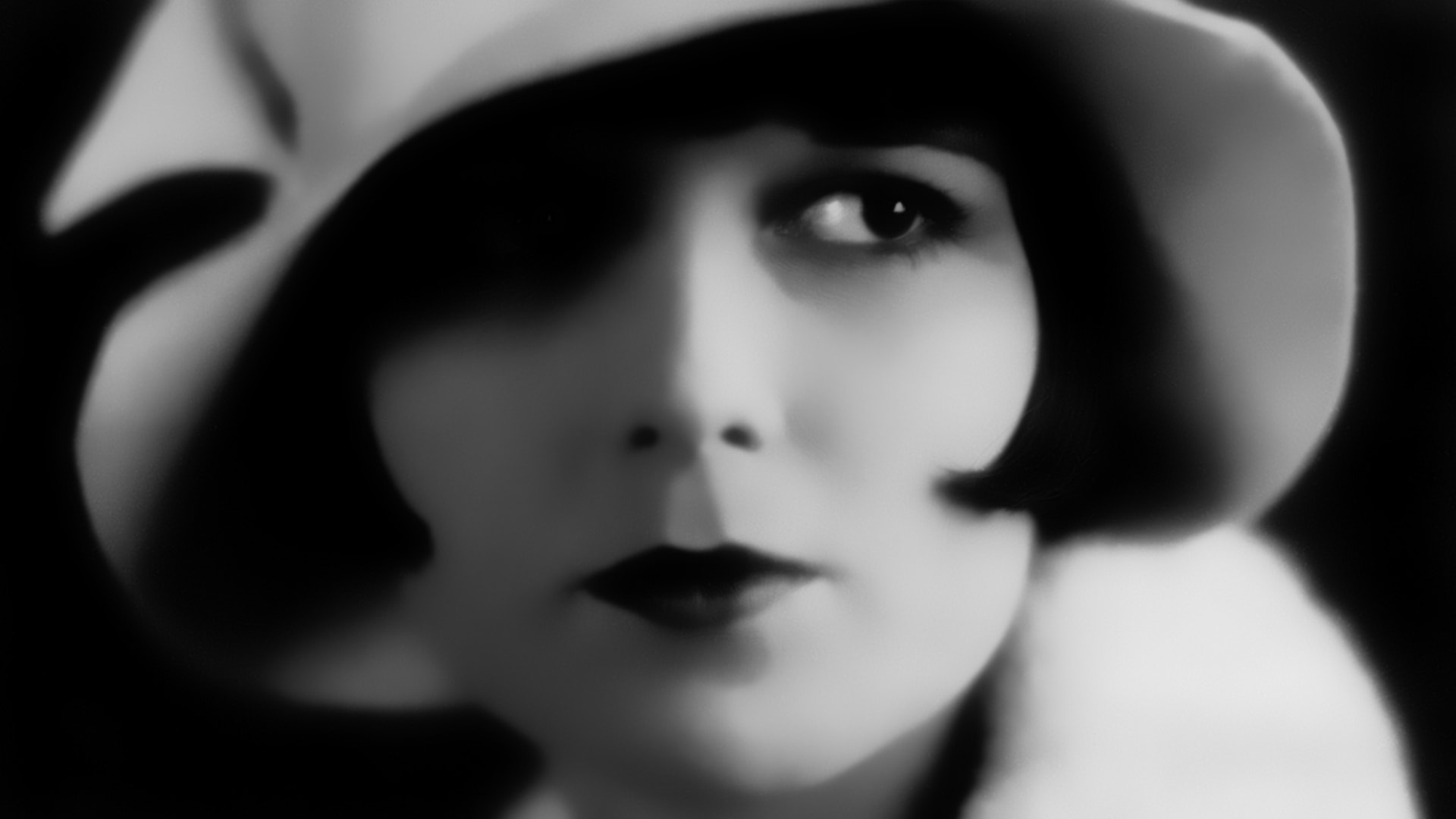Louise Brooks HD