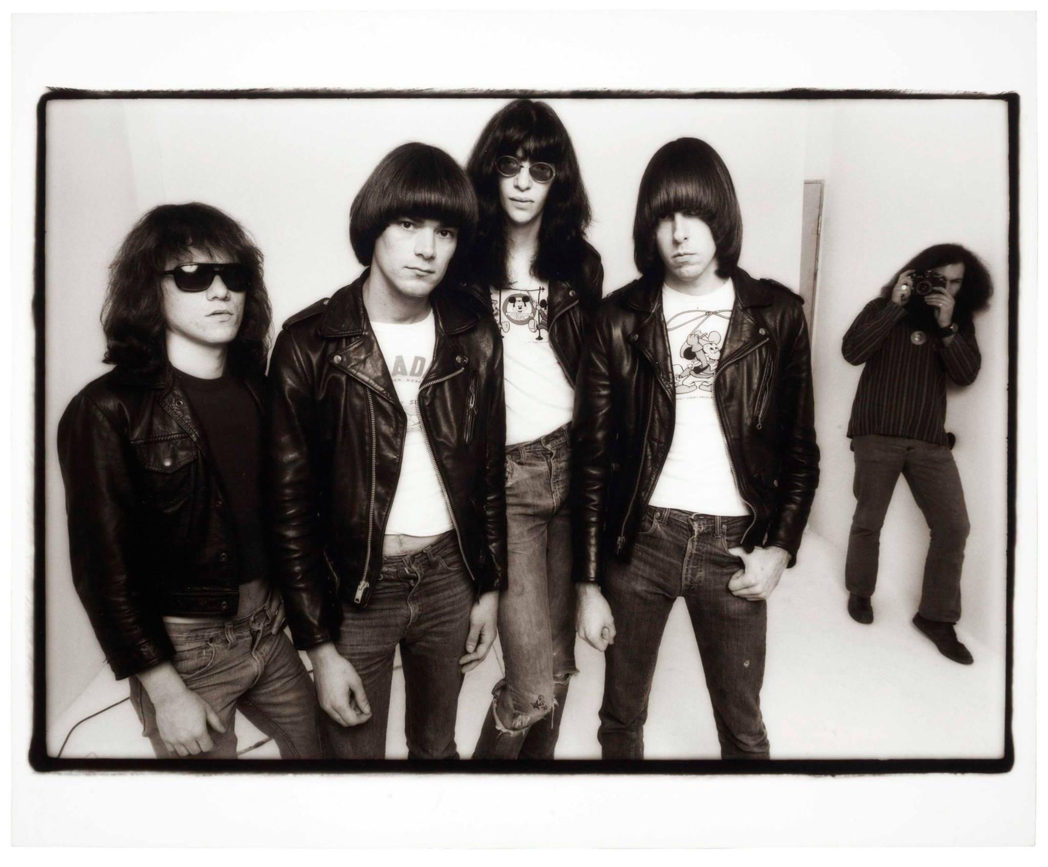Ramones Free
