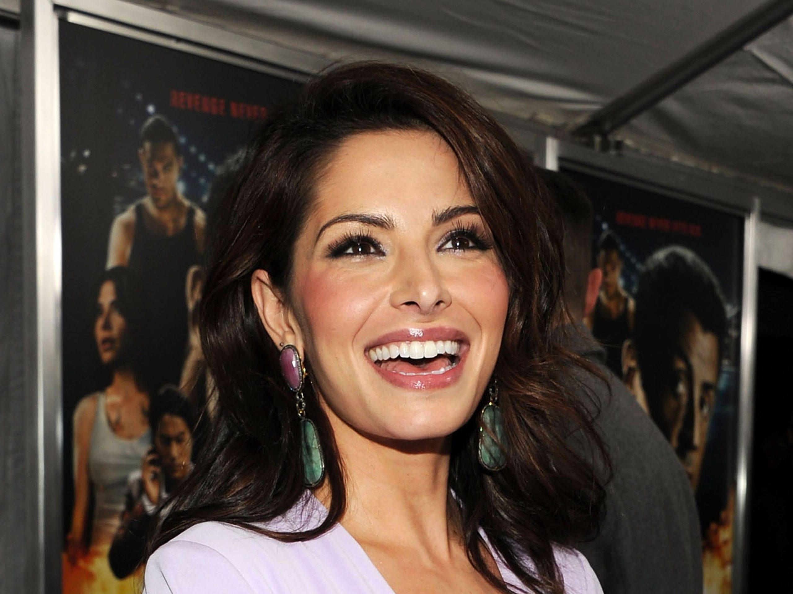 Sarah Shahi HD