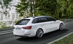 Skoda Superb Combi 3 HD