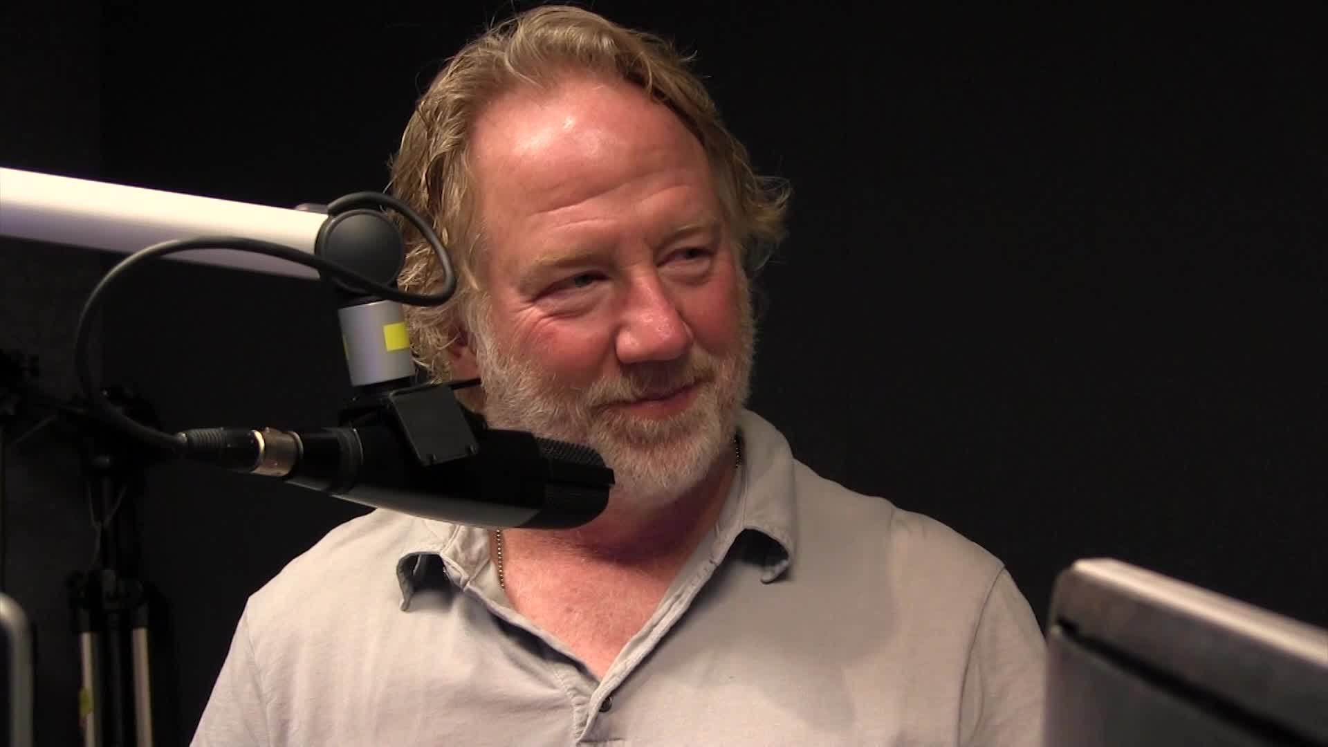 Timothy Busfield HD