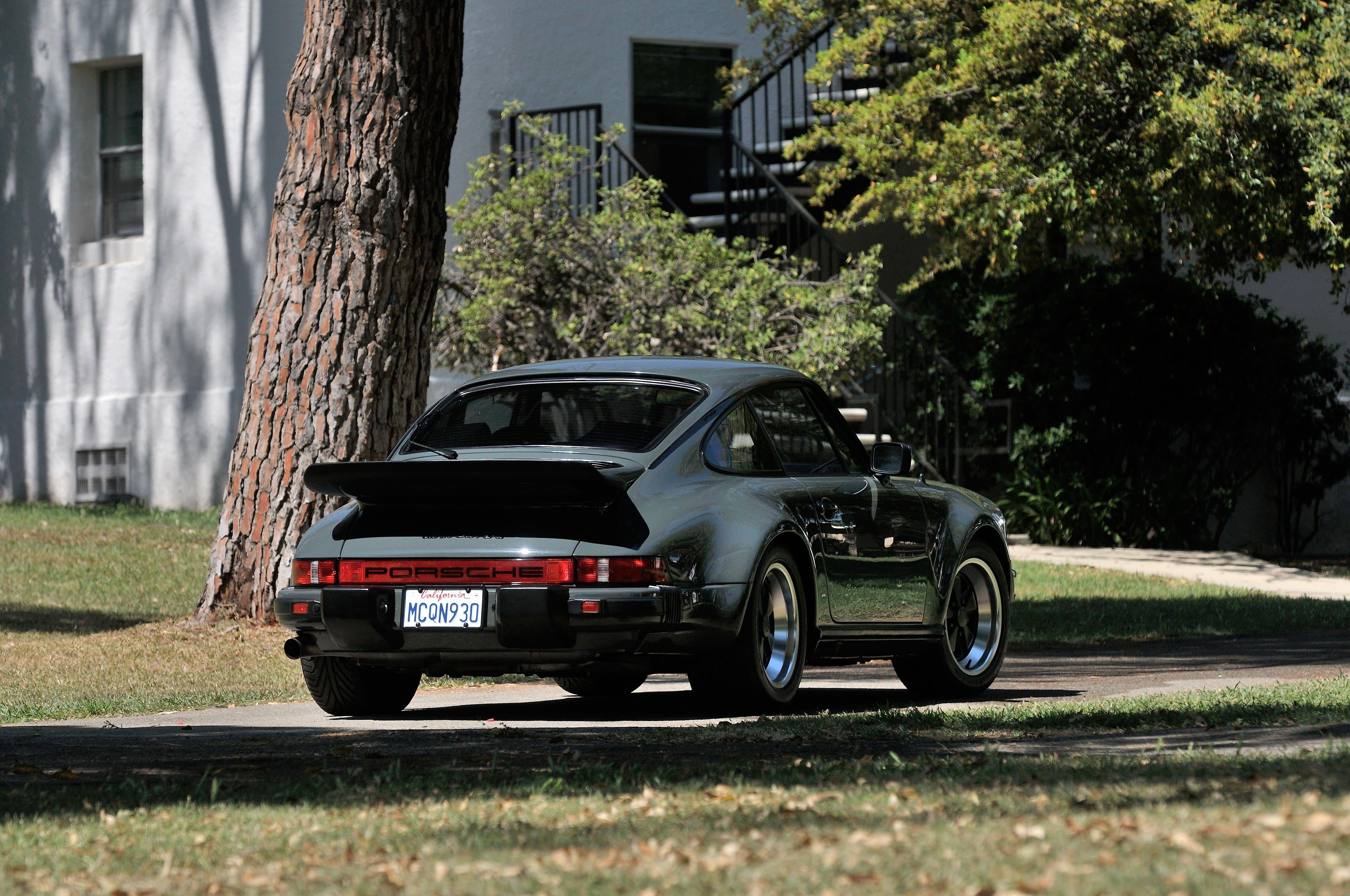 1976 Porsche 911 Turbo (930) Free