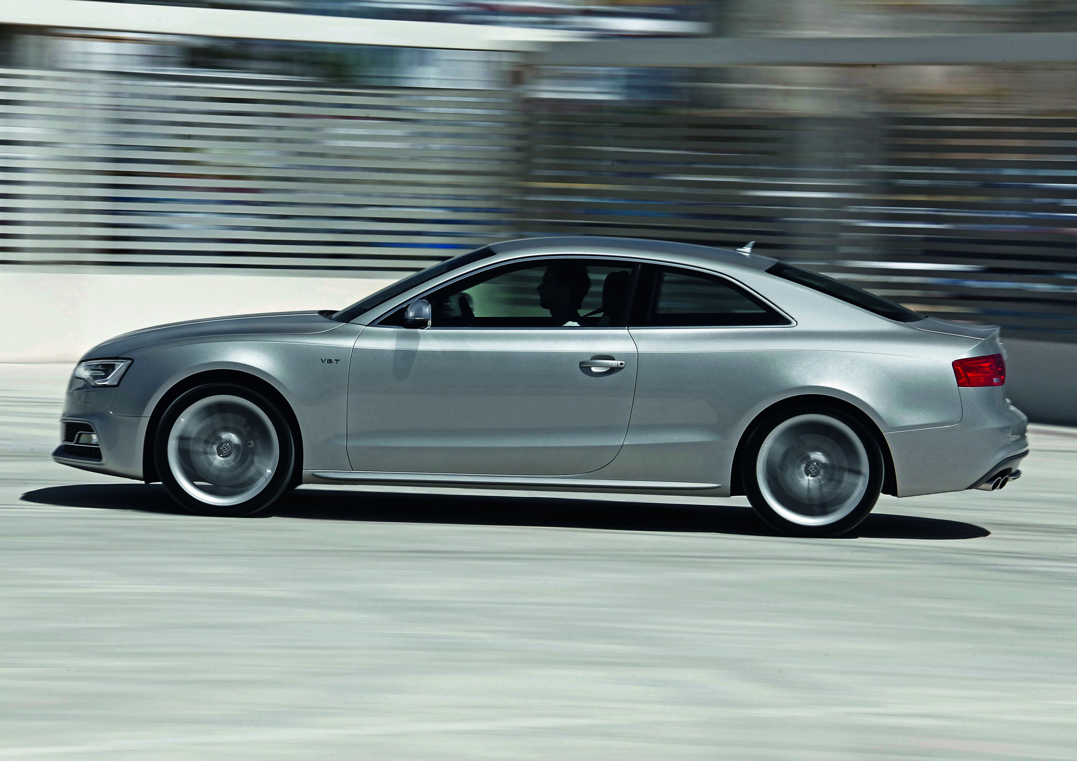 2012 Audi RS5 Free