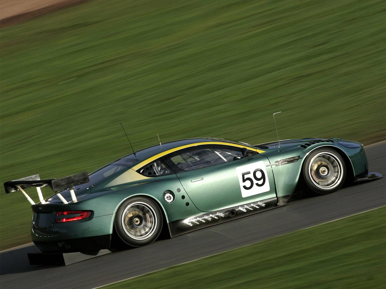 Aston Martin DBR9 Free