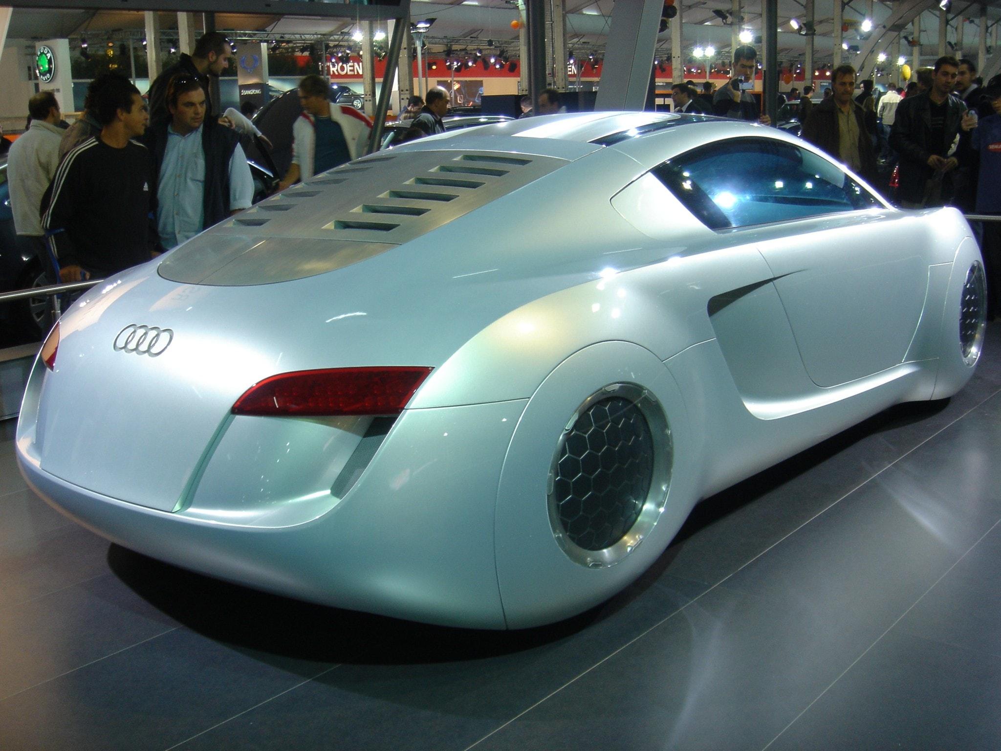 Audi RSQ Concept Free