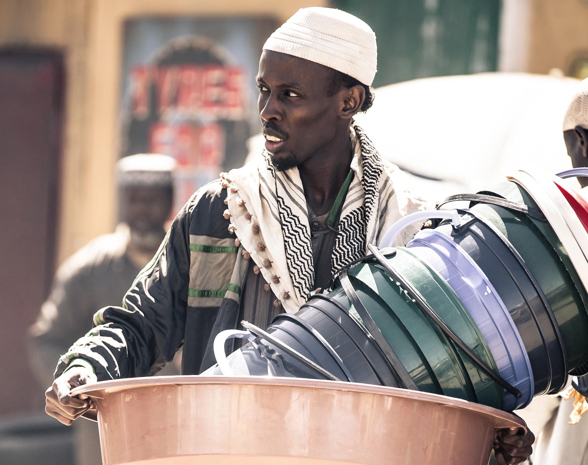 Barkhad Abdi Free