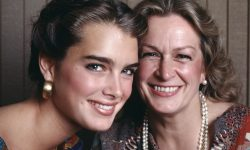 Brooke Shields Free