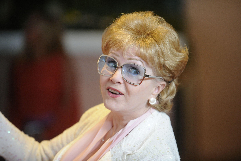 Debbie Reynolds Free