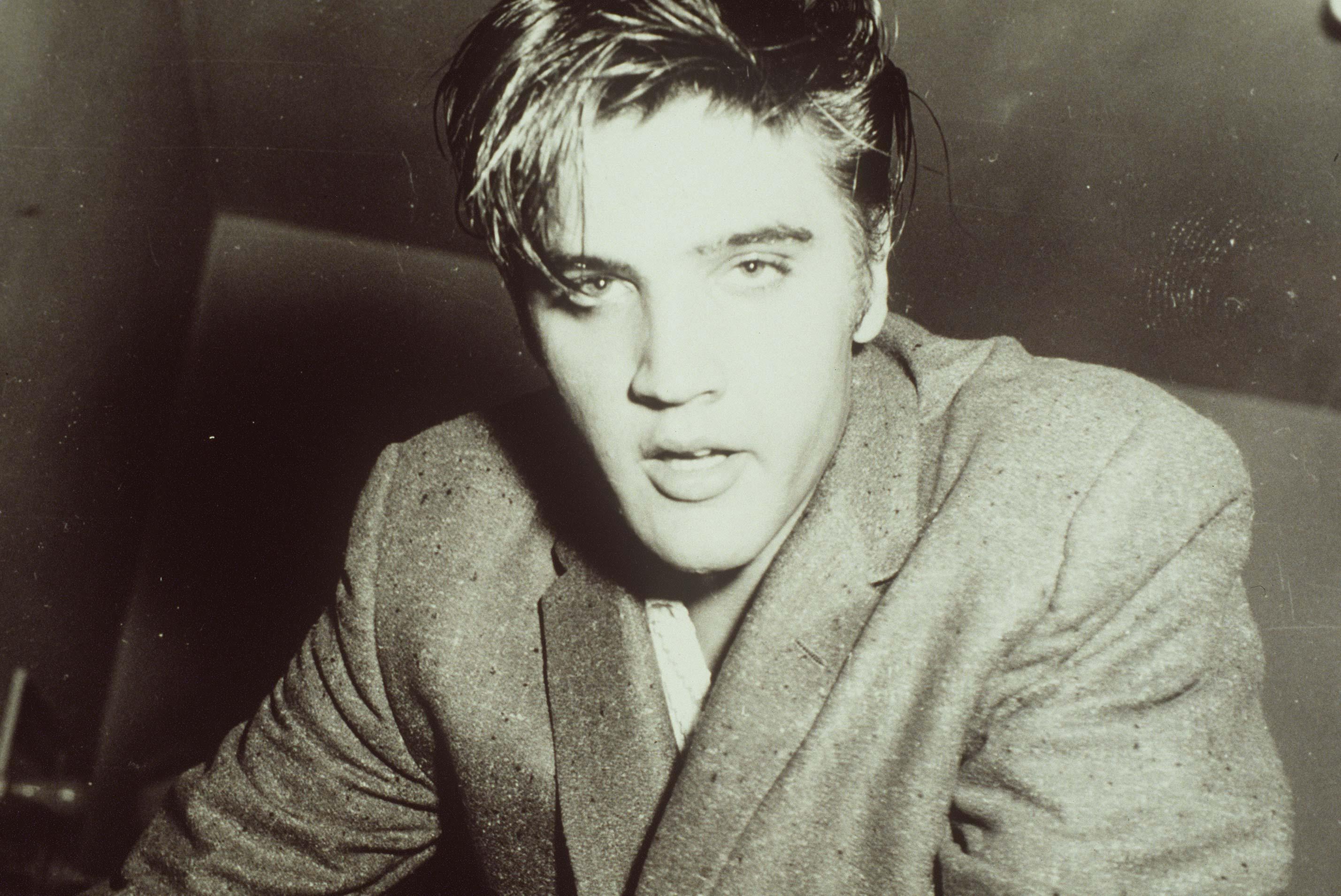 Elvis Presley Free