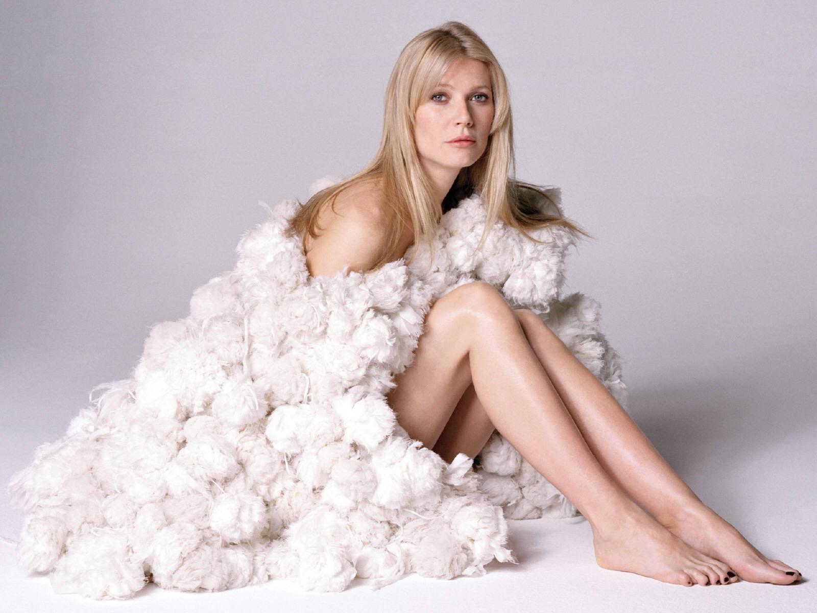 Gwyneth Paltrow Free