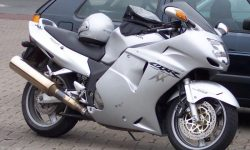 Honda Blackbird CBR1100XX Free