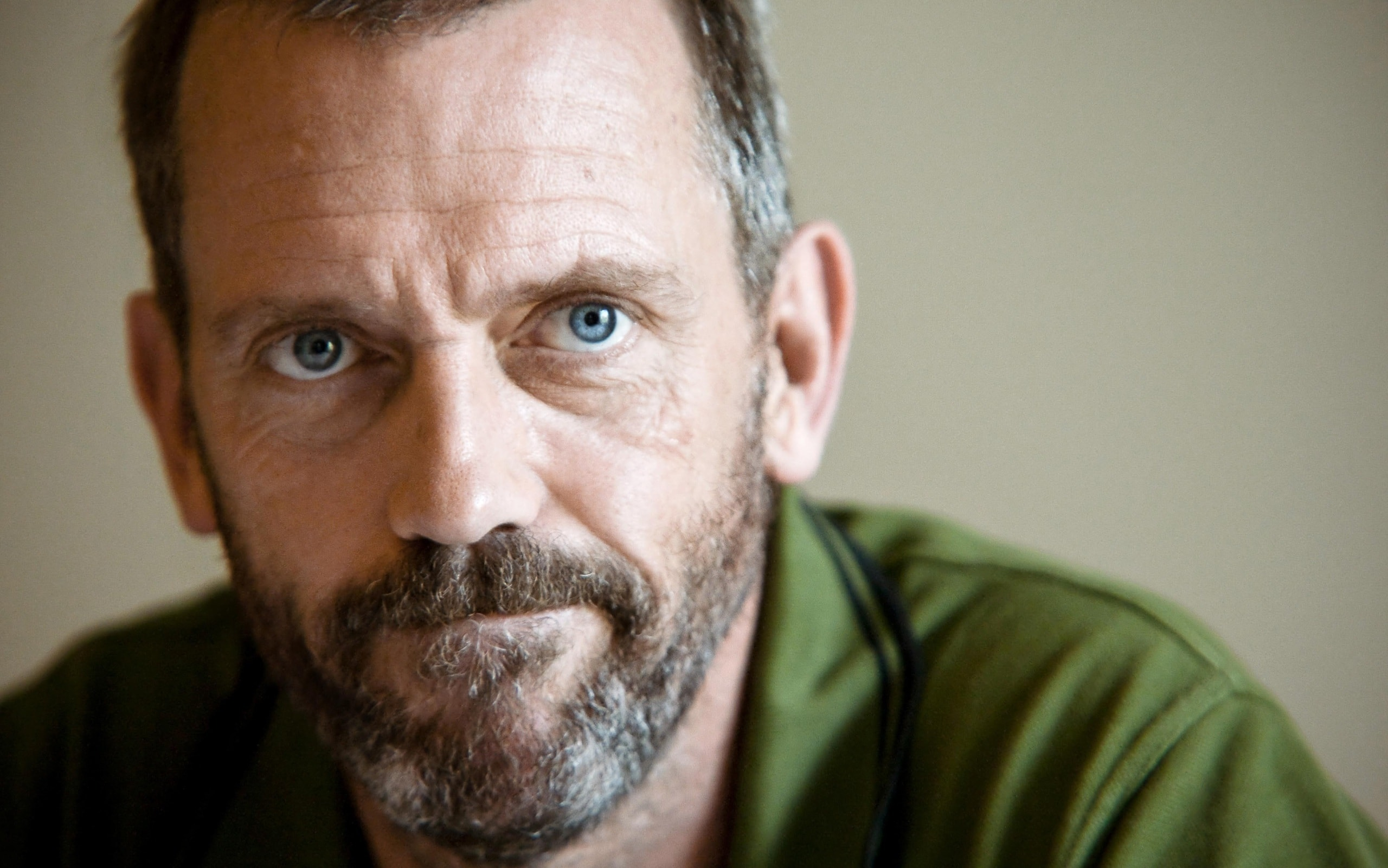 Hugh Laurie Free