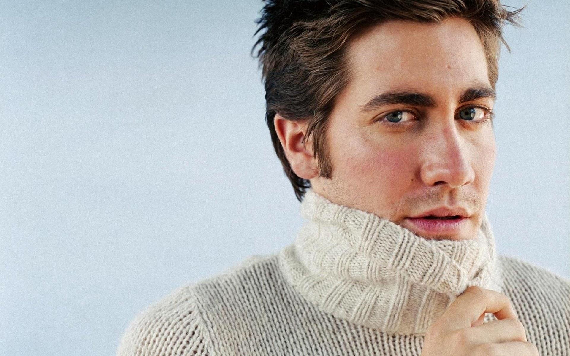 Jake Gyllenhaal Free