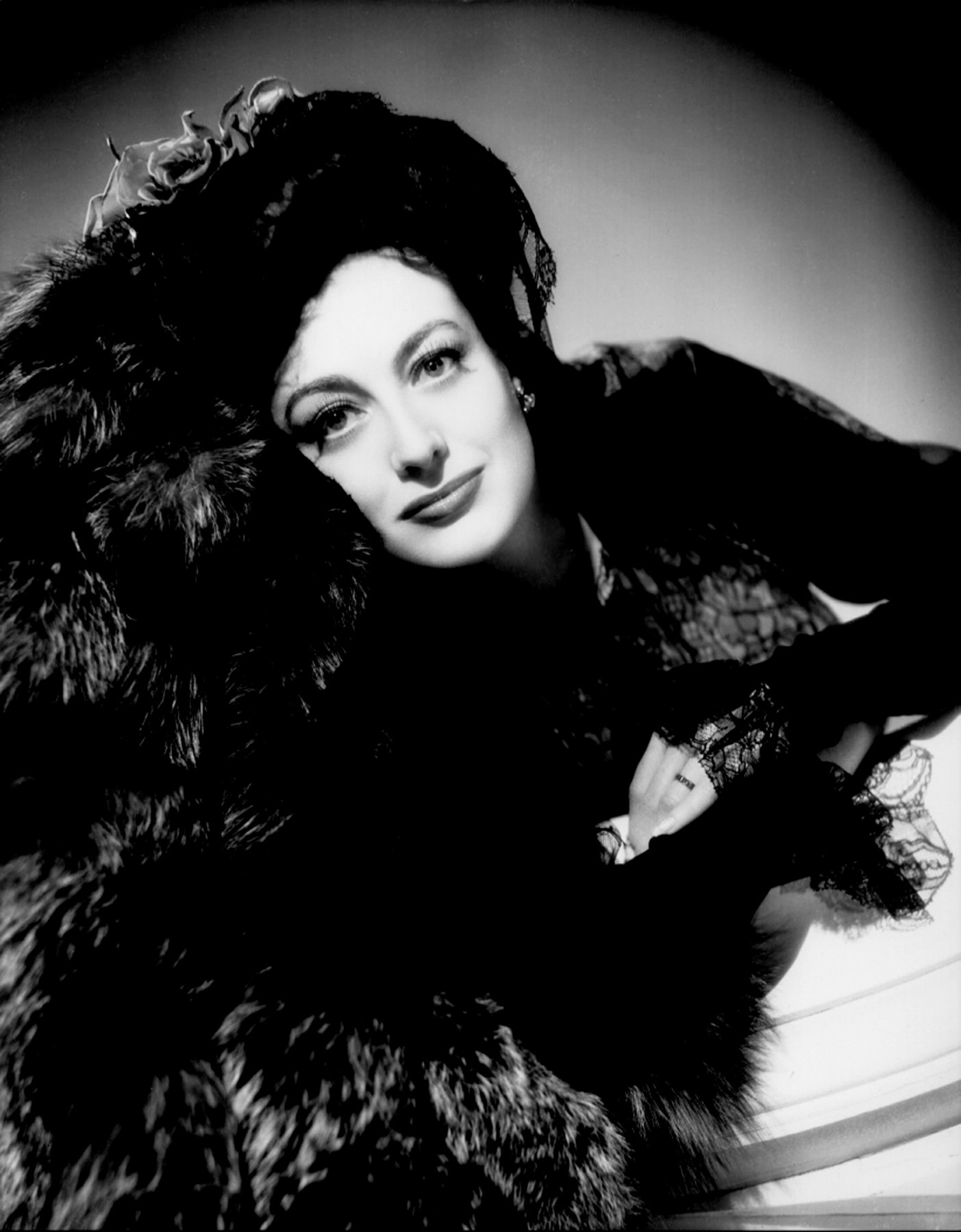 Joan Crawford Free