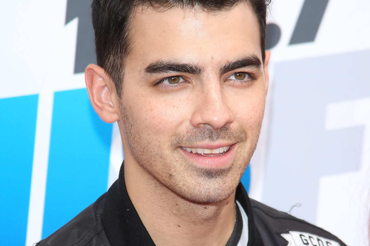 Joe Jonas Free