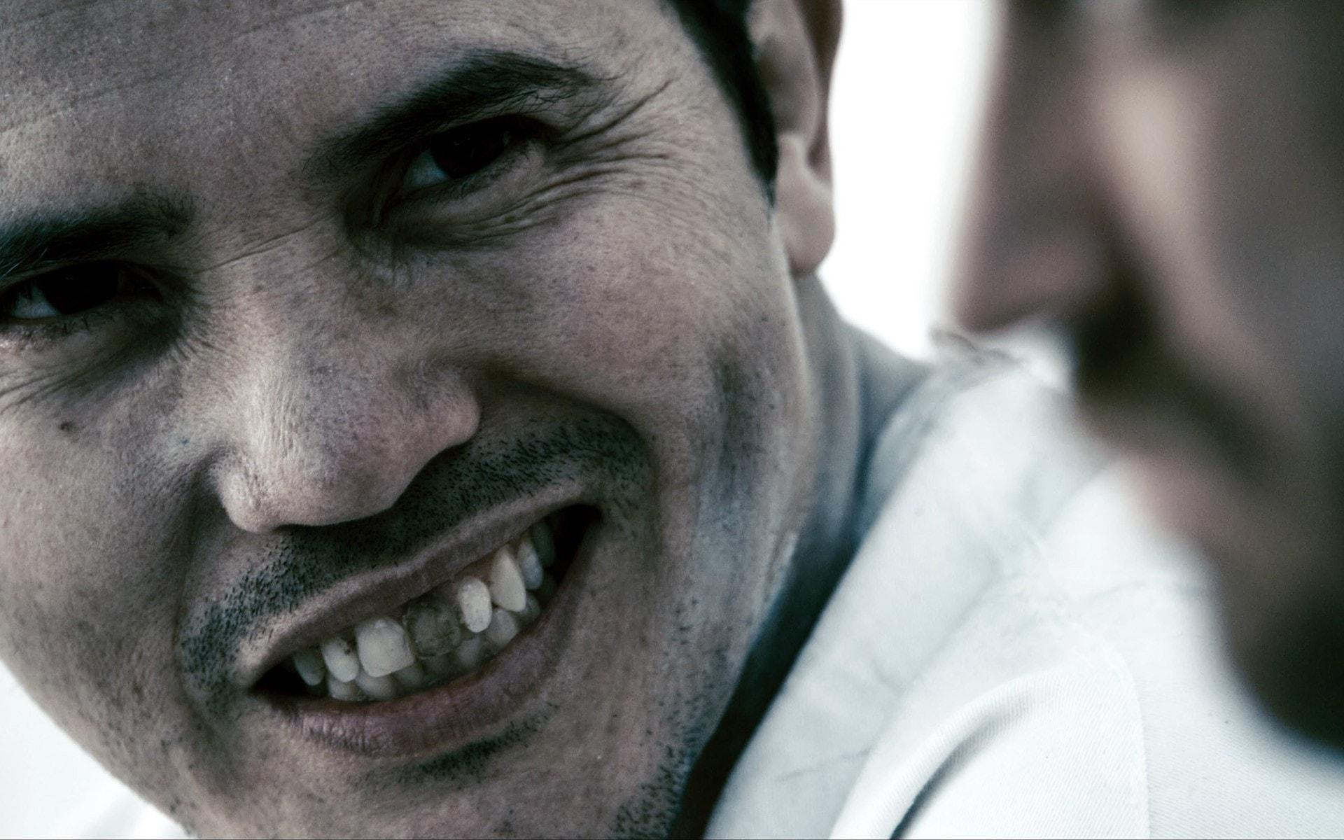 John Leguizamo Free