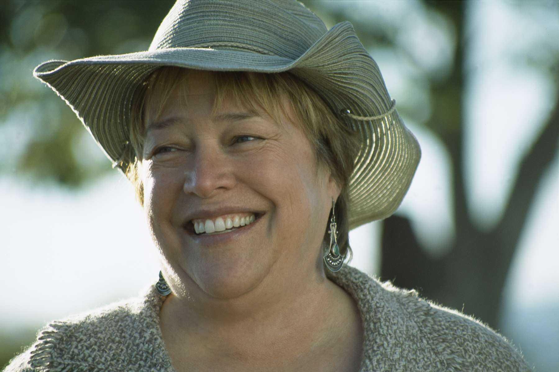 Kathy Bates Free