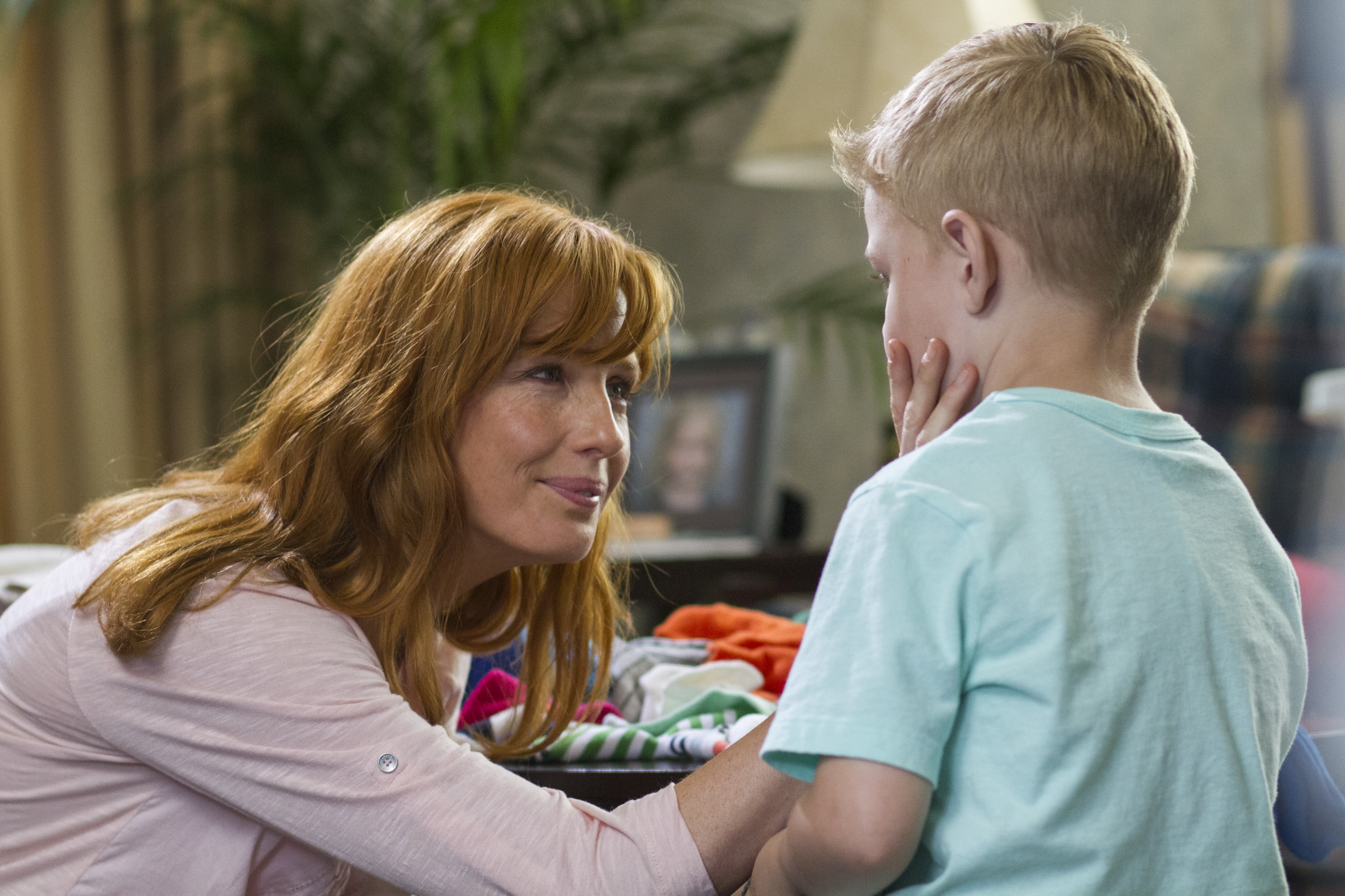 Kelly Reilly Free
