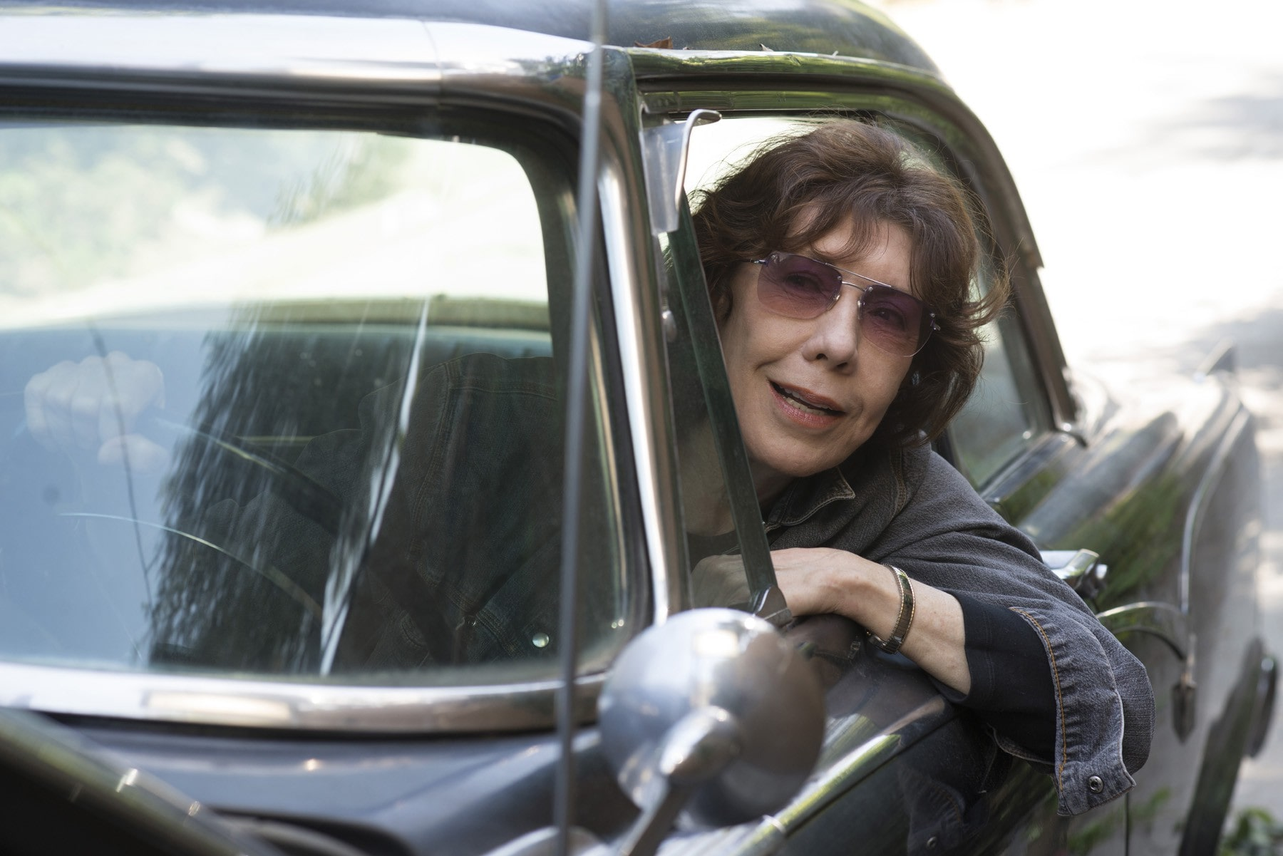 Lily Tomlin Free