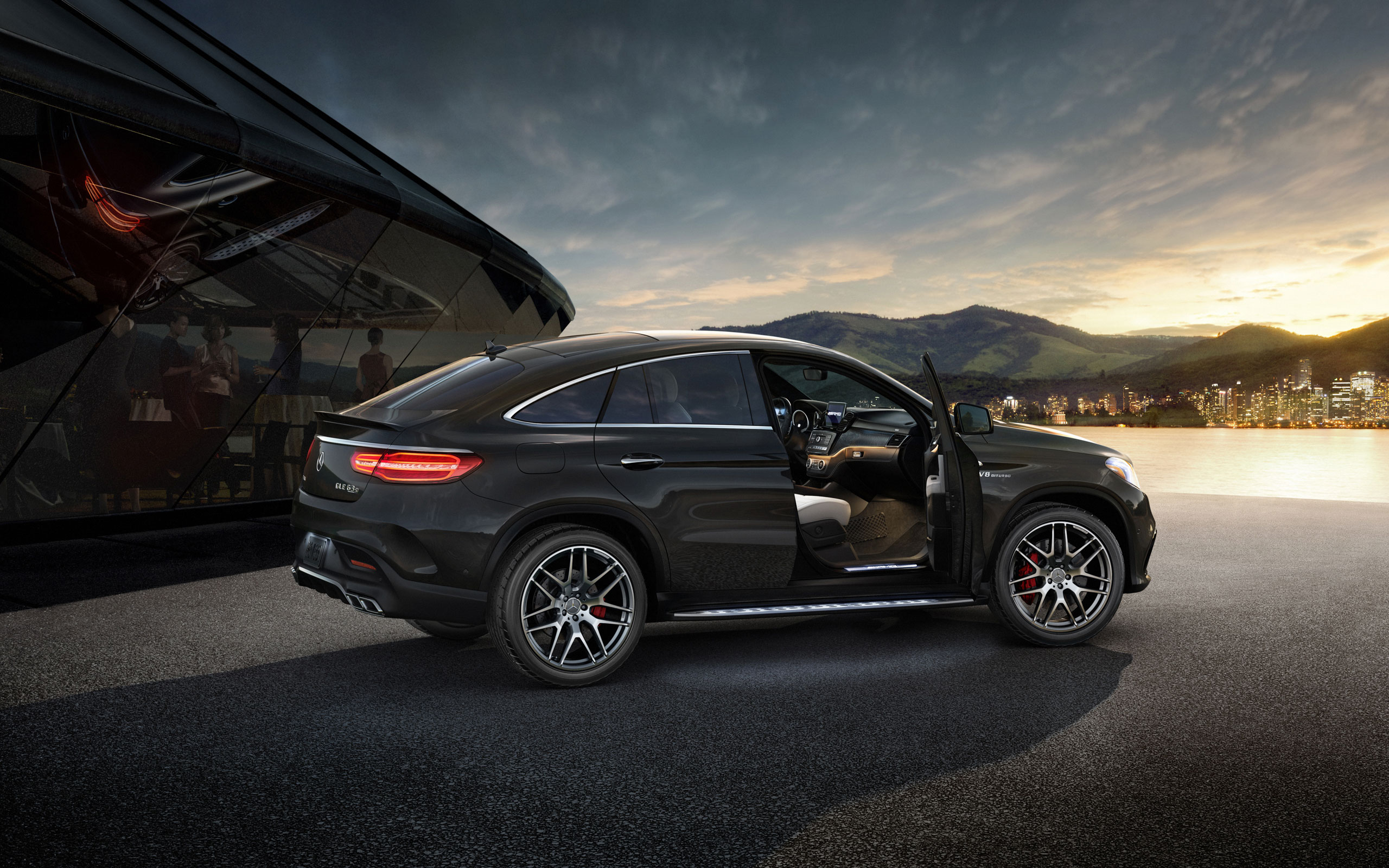 Mercedes-Benz GLE coupe wallpaper