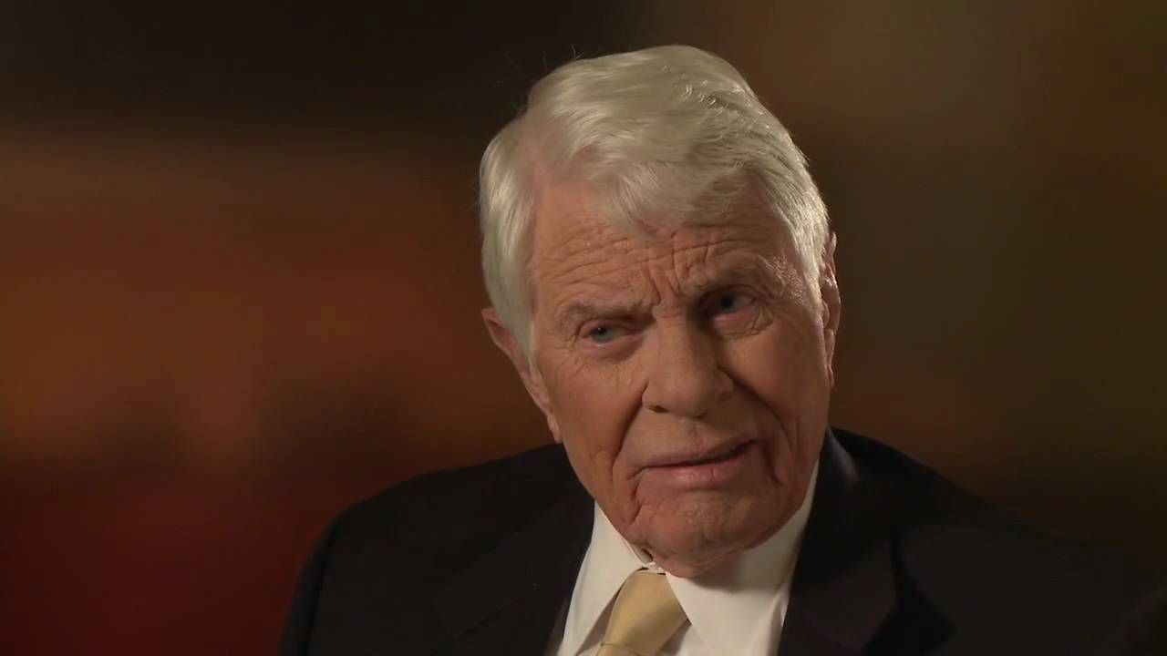 Peter Graves Free