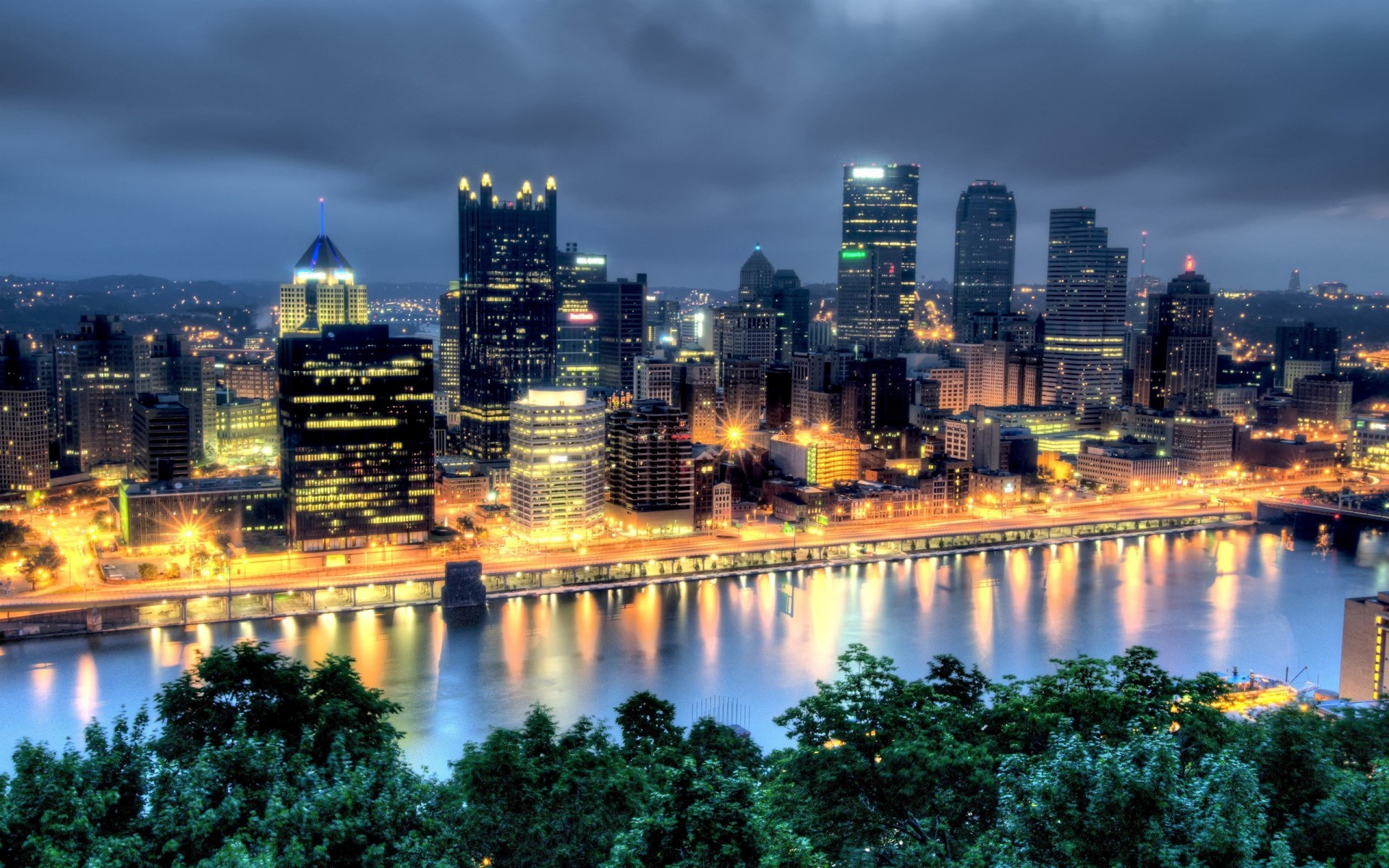 Pittsburgh Widescreen