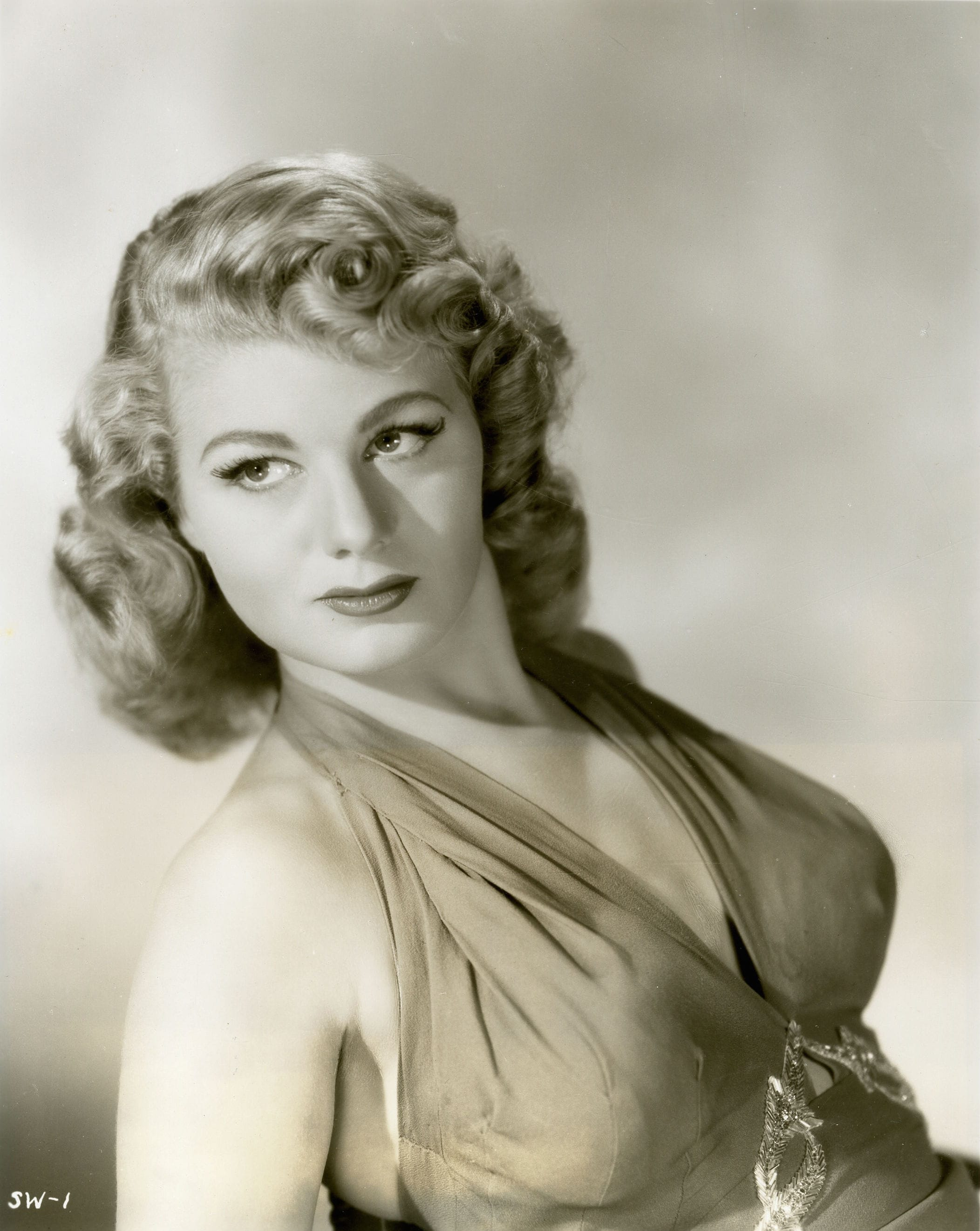 Shelley Winters Free