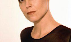 Sigourney Weaver Free