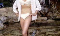 Ursula Andress Free