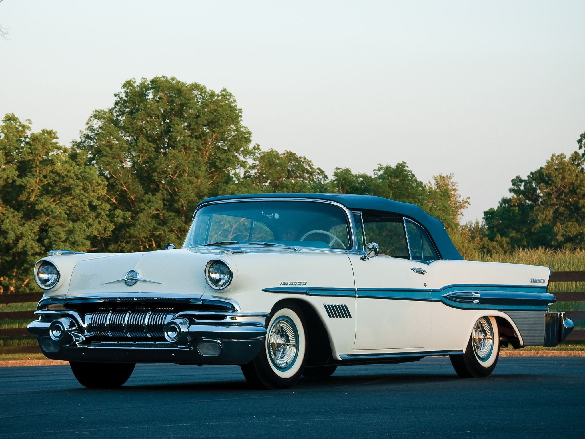 1957 Pontiac Star Chief Custom Bonneville Widescreen