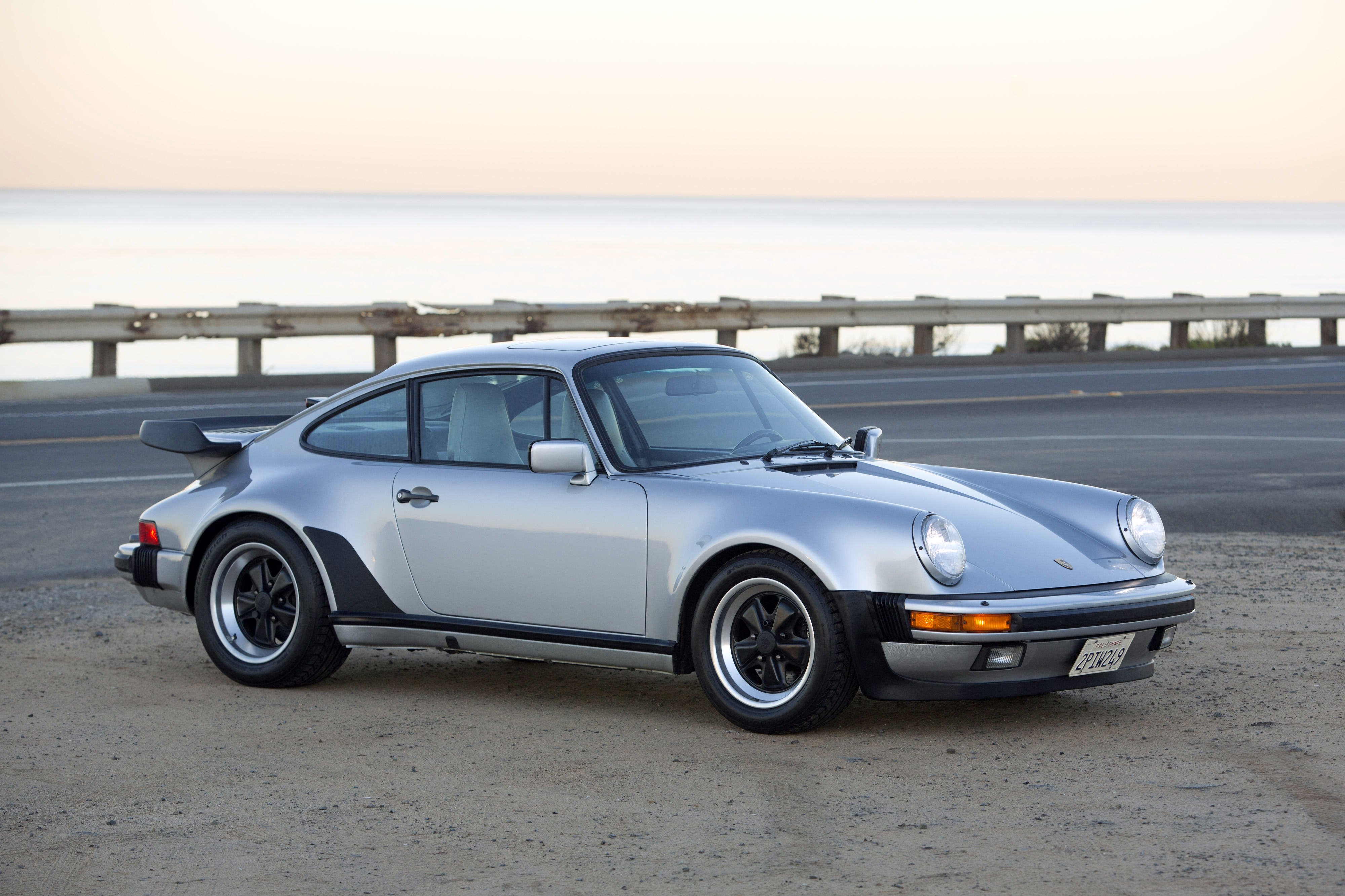 1976 Porsche 911 Turbo (930) Widescreen