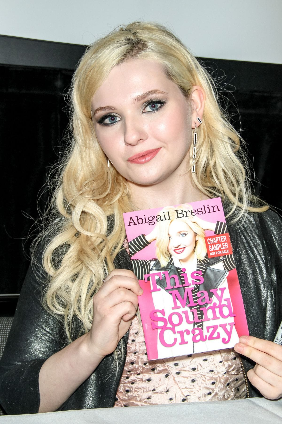 Abigail Breslin For mobile