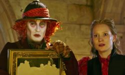 Alice Through the Looking Glass Free