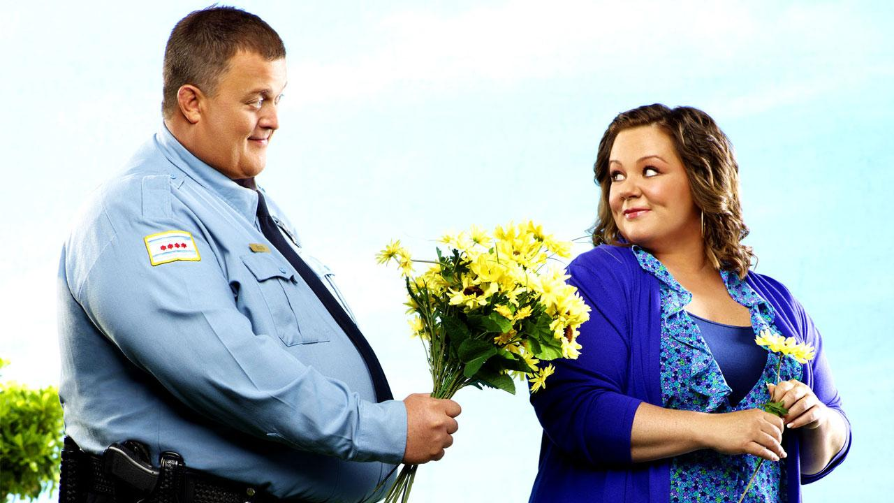 Billy Gardell Widescreen