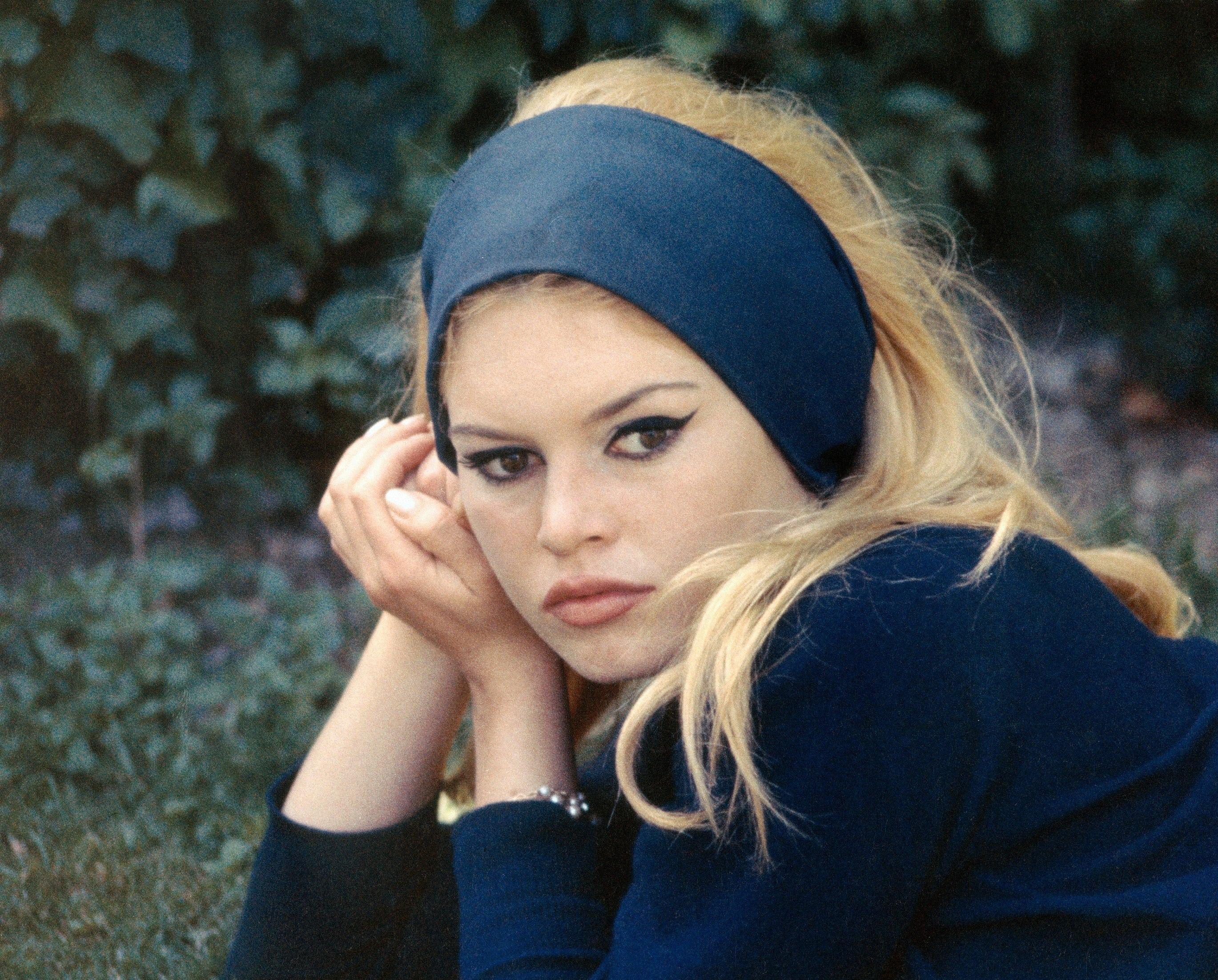 Brigitte Bardot Widescreen