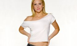 Brittany Snow Widescreen