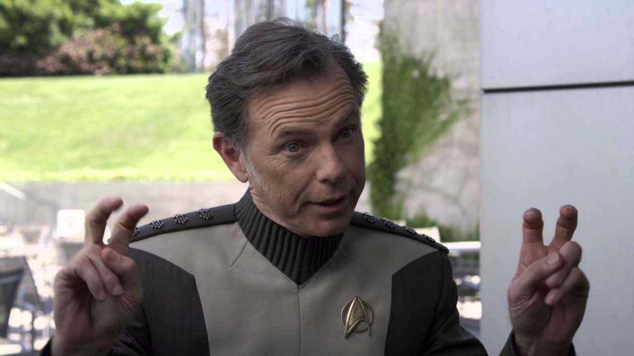 Bruce Greenwood Widescreen