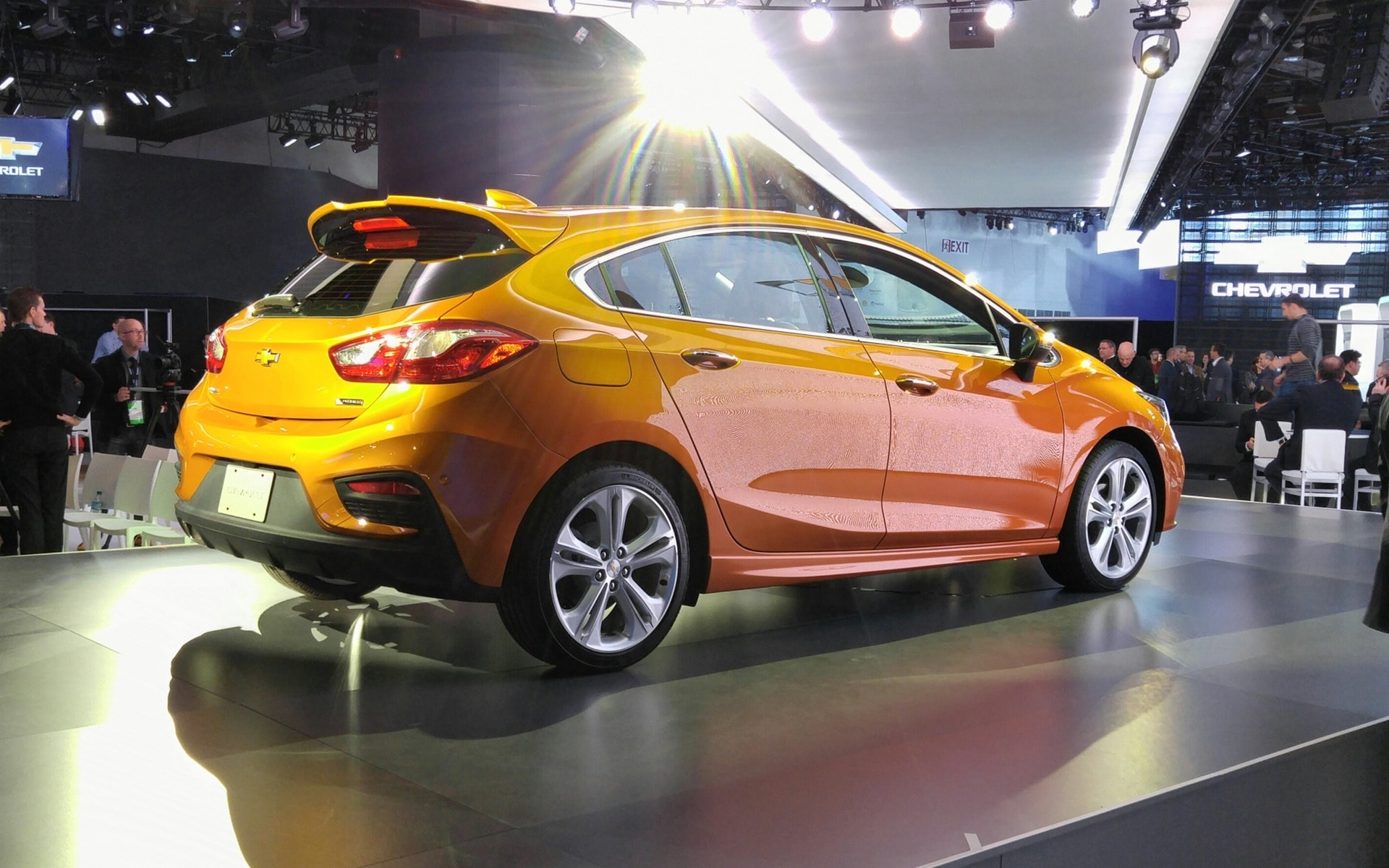 Chevrolet Cruze 2 Hatchback Widescreen