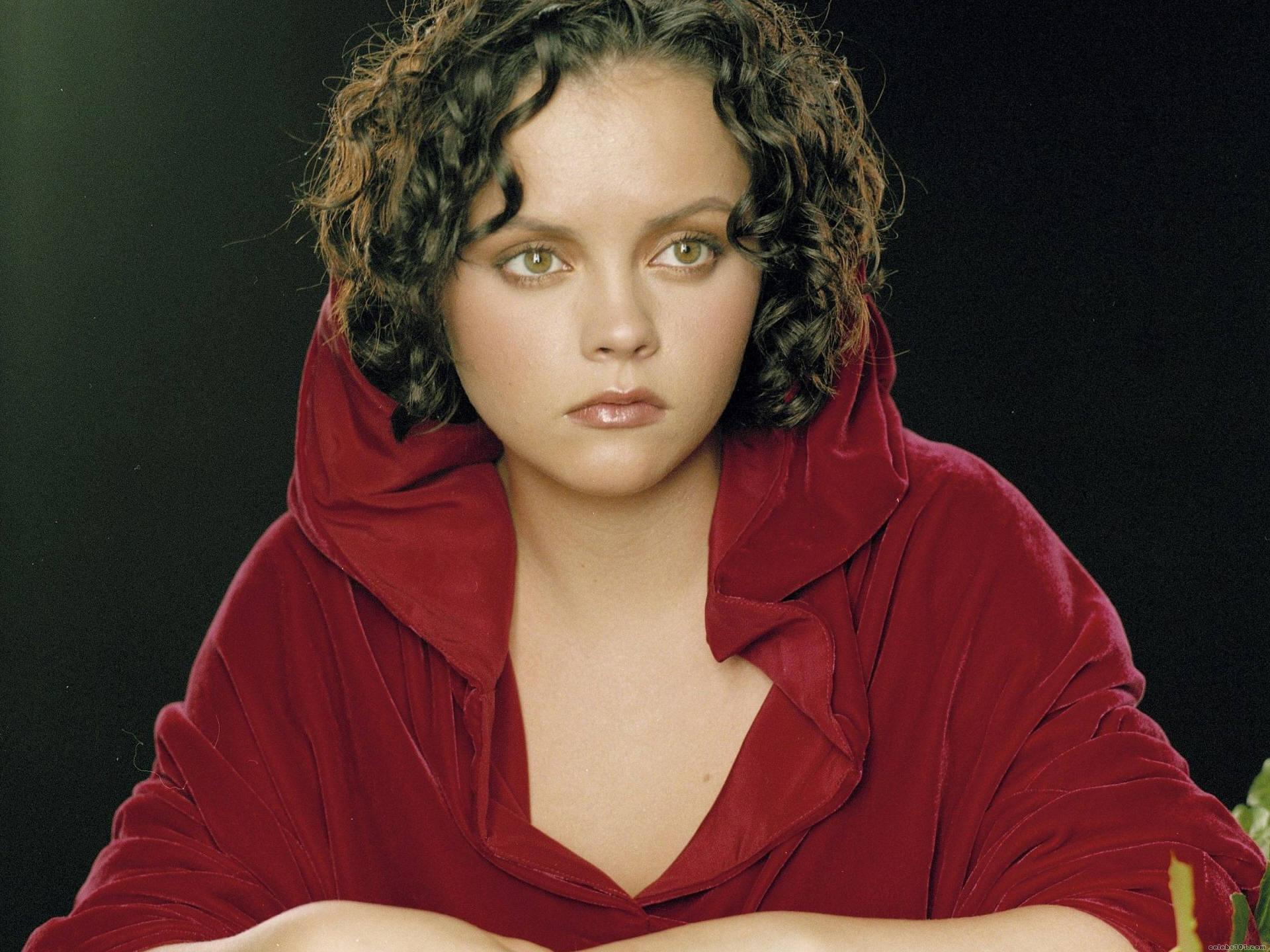 Christina Ricci Widescreen