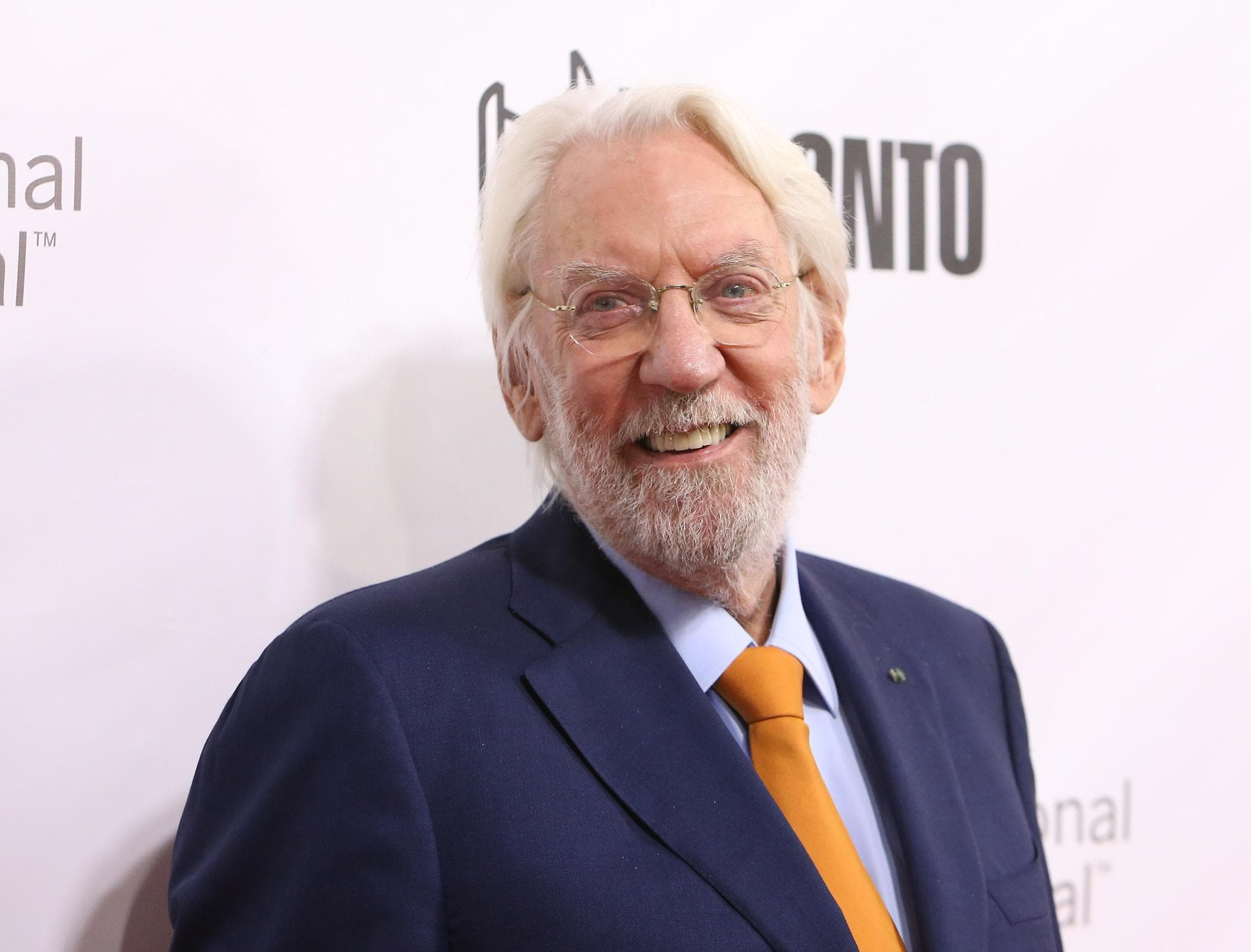 Donald Sutherland Widescreen
