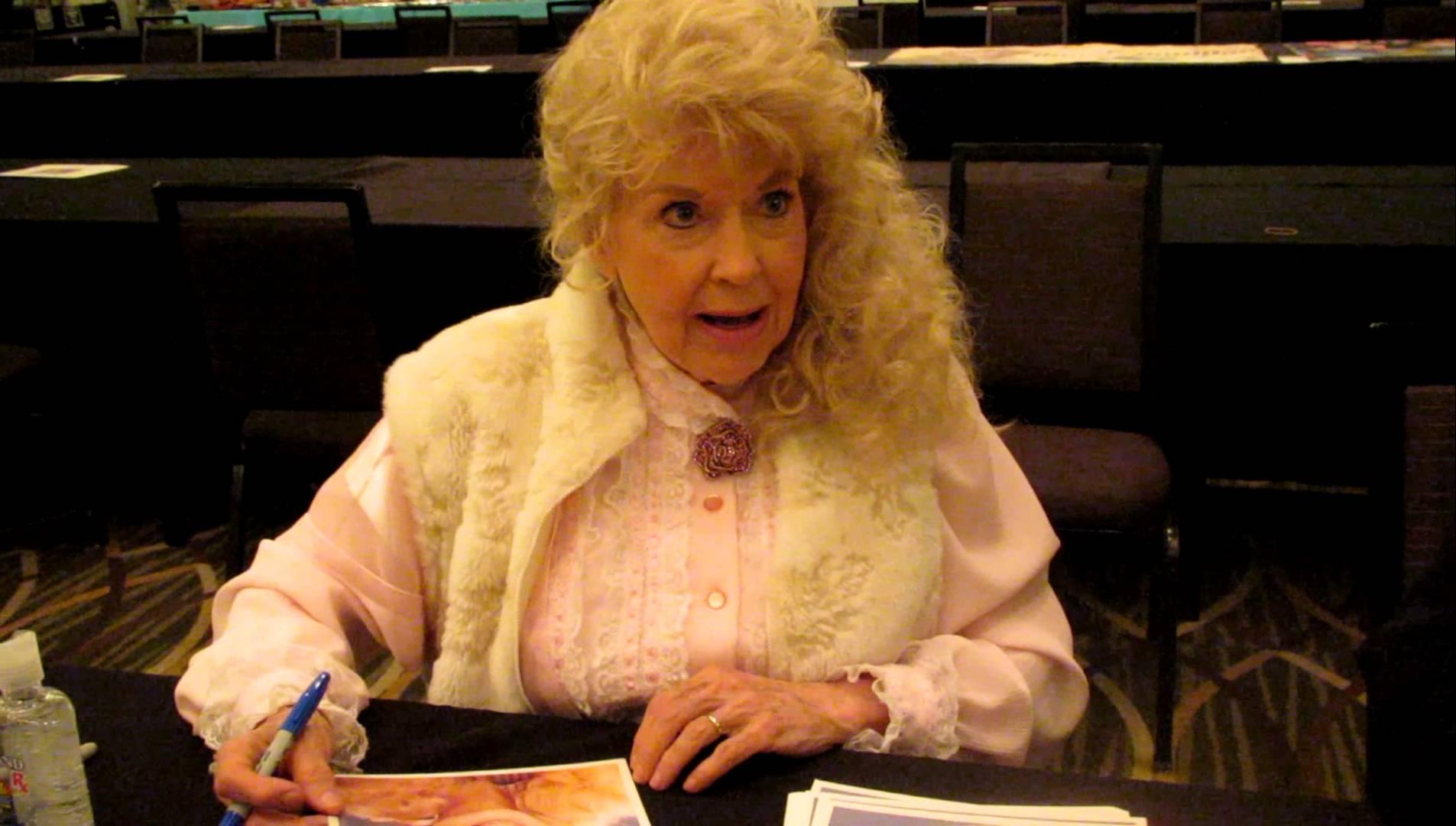 Donna Douglas Widescreen
