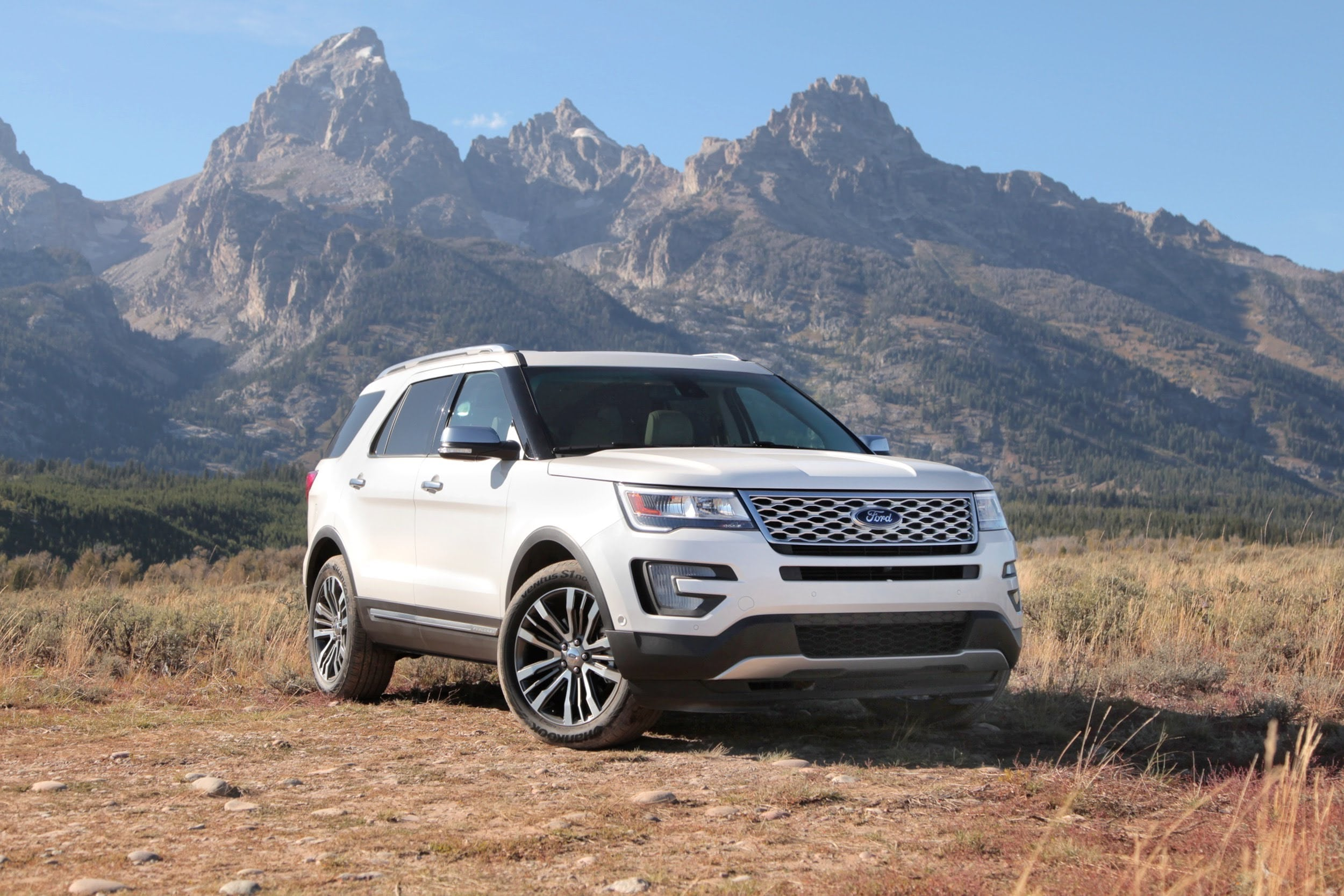 Ford Explorer Widescreen
