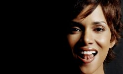 Halle Berry Widescreen