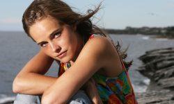 Isabel Lucas Widescreen