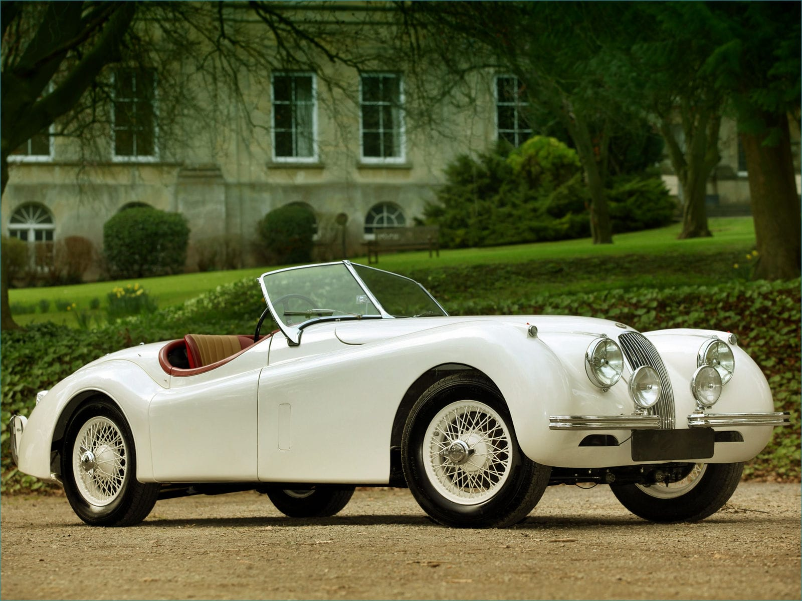 Jaguar XK120 Widescreen