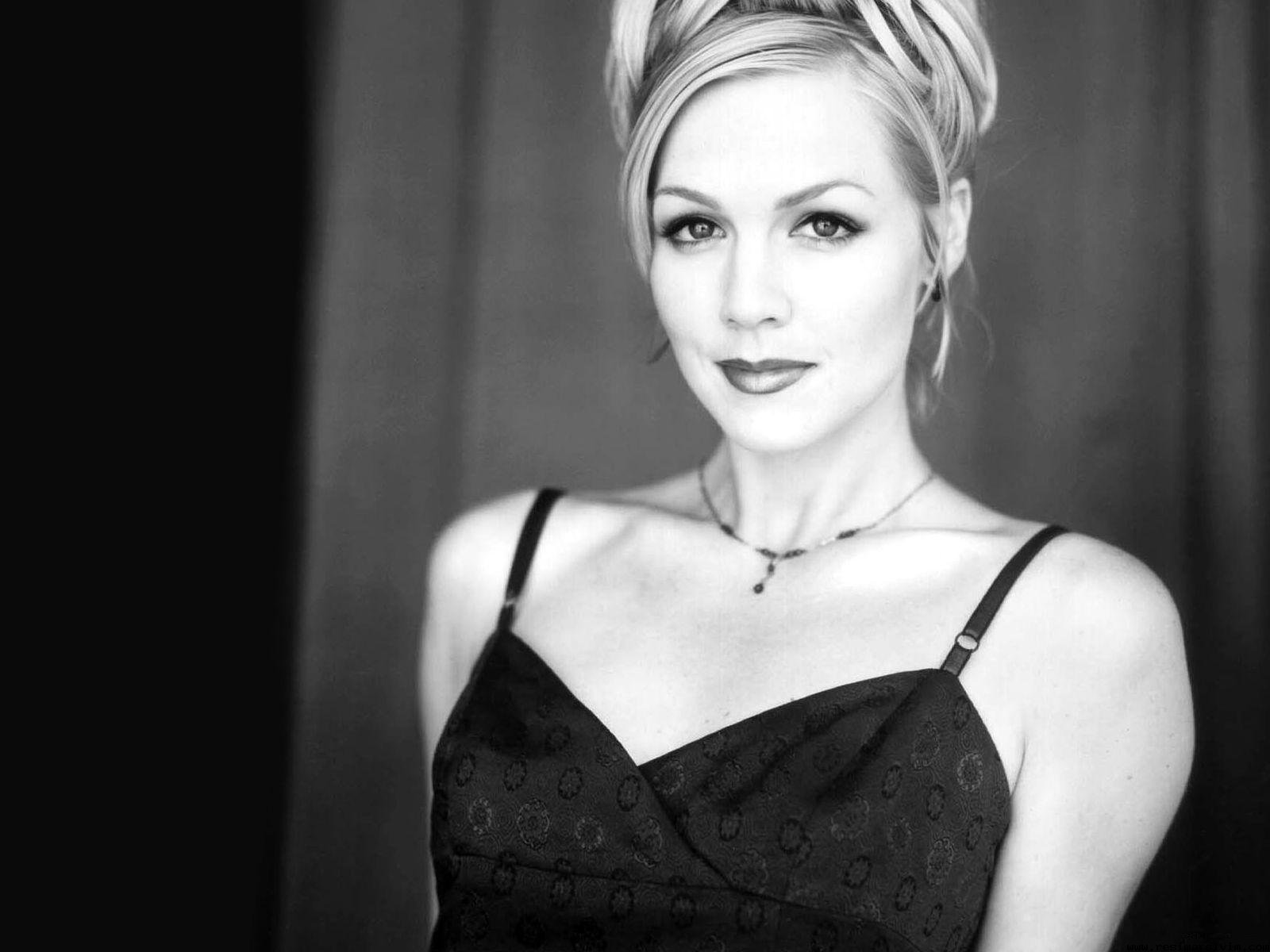 jennie garth wallpapers hd - photo #13