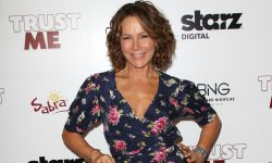 Jennifer Grey Widescreen